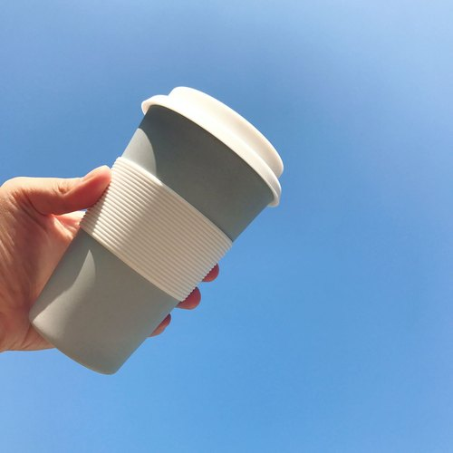 Zuperzozial - CRUISING TRAVEL MUG Powder blue