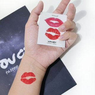 TU tattoo sticker - Lipstick / tattoo / waterproof tattoo / Original /