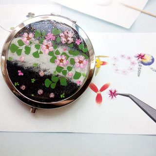 Pressed flowers mirror, Pressed Flower Compact Mirror, Pocket mirror