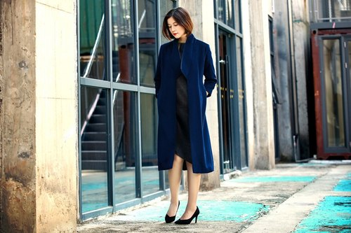 Xiang Yun yarn 2017 new high-end cashmere coat women's long paragraph Slim coat simple fashion Blue Mountains