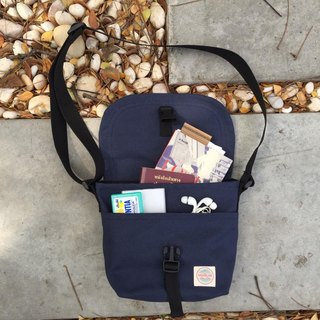 New Navy Basic Messenger Canvas Bag / everyday bag / travel /weekend