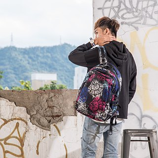 "SOLIS [ Celebration Series ] 15"" Ultra+ basic laptop backpack(graffiti Peach)"