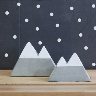Snow cover cement mountain / / Yamagata ornaments / jewelry rack / message board / paper town / business card holder / children room layout