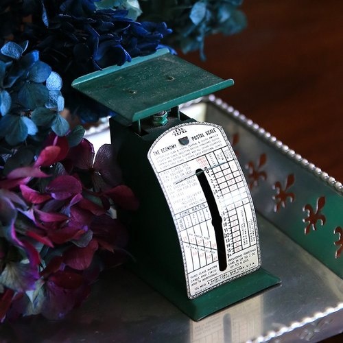 "American Mail Antique Scale ""Classic Green"" No.2"