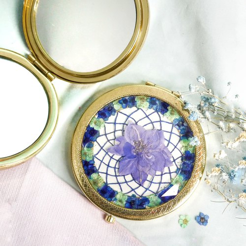 Pressed Flower Dreamcatcher Compact Mirror | Blue, Mint Green & Golden
