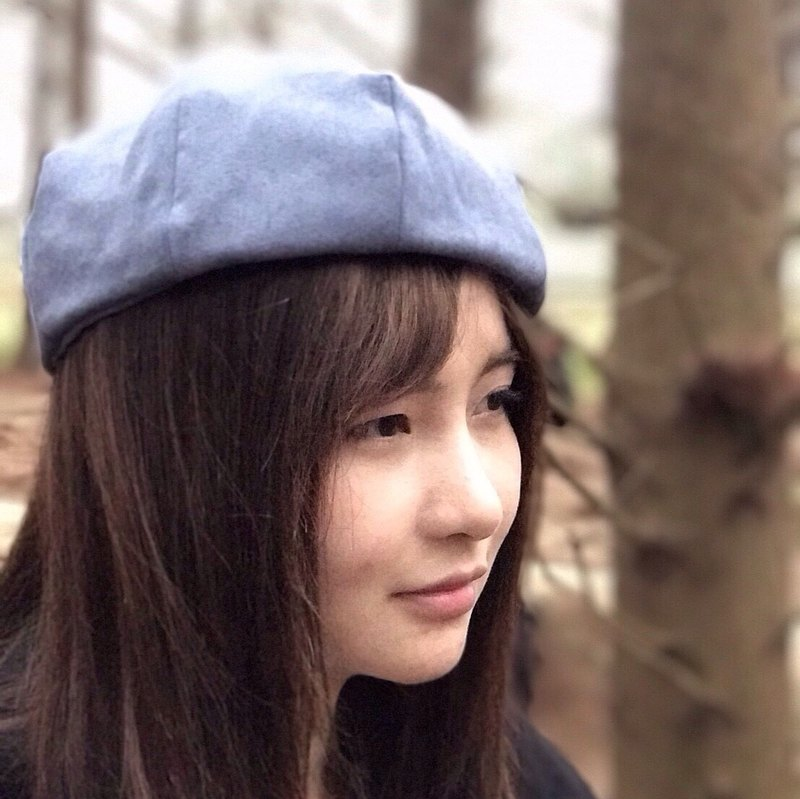 No friends alone // hand made cap material \ suede berets - gray blue sea