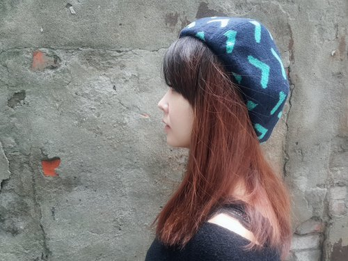 Wen Qing fashion pumpkin hat - back to the dart (dark blue background) # # # autumn and winter warm # # thick wool # painter hat Beilei cap