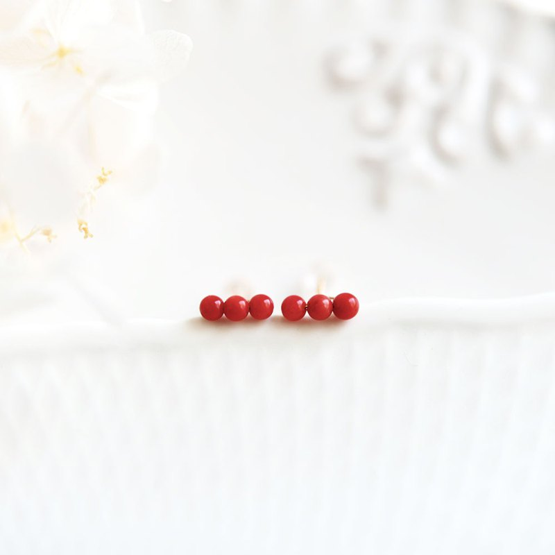 The original fortune red coral T-shaped screw screw stud earrings March birthstone
