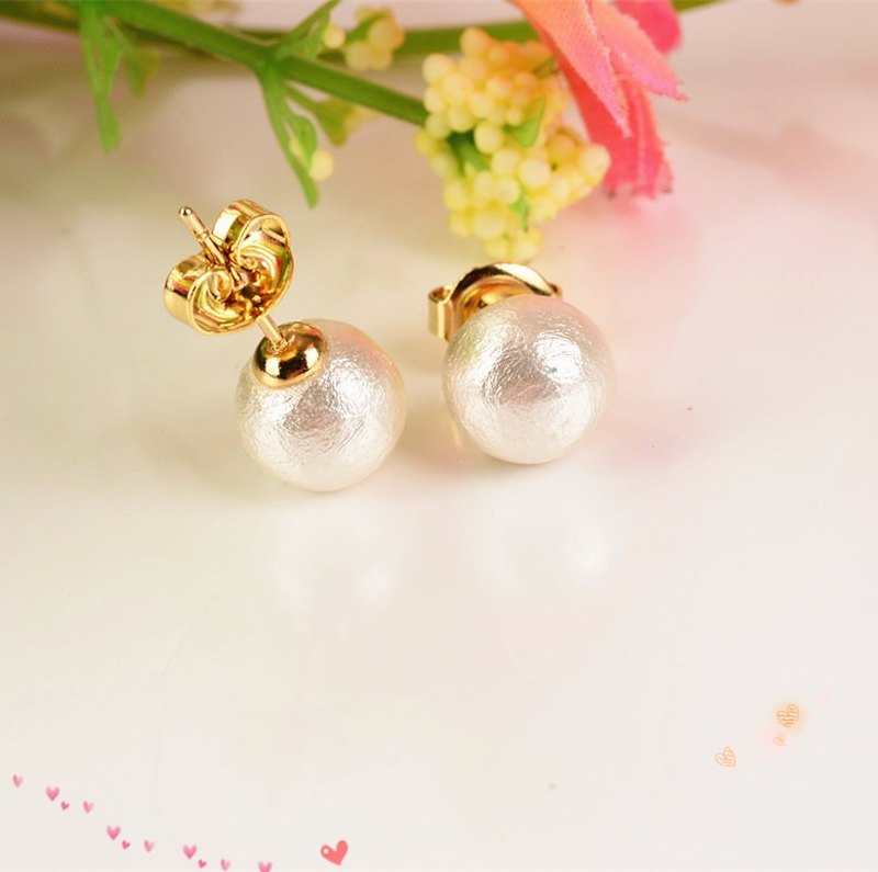 Night elves - light gold pearl earrings lightweight cotton girlfriend gift