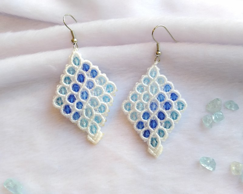 E021-Hand-woven Classic Diamond Earrings Ocean Blue