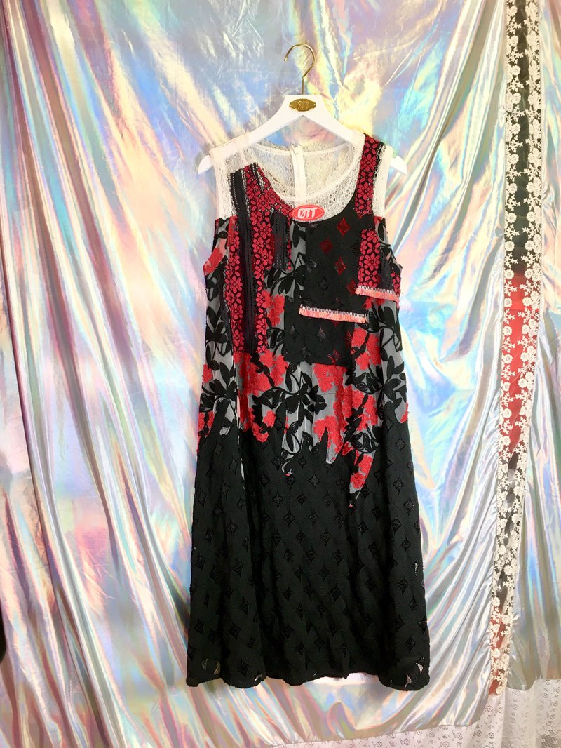 *Only 1 piece*Red Laces Dress with stitching lace