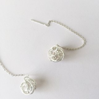 mess / silver string earrings with ball charms