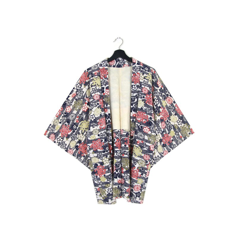 Back to Green :: Japanese kimono feather woven back black clouds color flowers vintage kimono (KC-11)