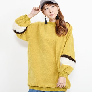 Knit pullover also cuffs fur switchover