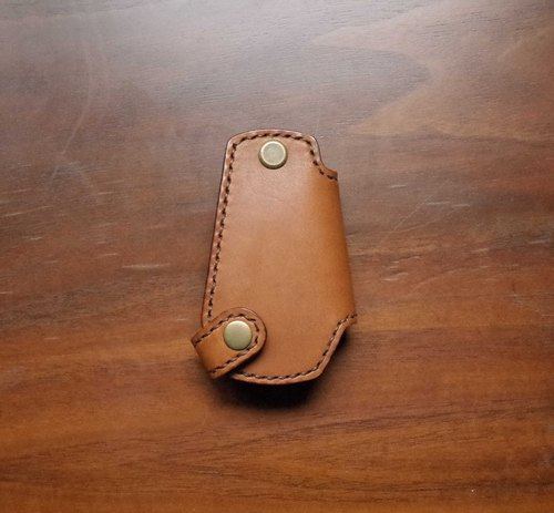 Fully hand-stitched leather SUBARU car key holster - brown