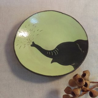 DoDo hand whisper. Animal silhouette series - elephant in the dish (blue)