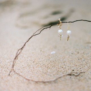 Chestnut LIZSUNG handmade custom nails retro pearl gold earrings ear clip