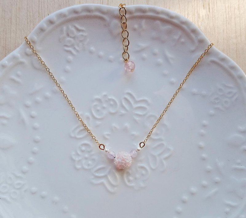 Pink and white single hydrangea 14K gold necklace
