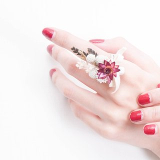 Her Bouquet sunlight rippling hand | dried red straw daisy flower ring small silver stars Shan Mao Jian fruit