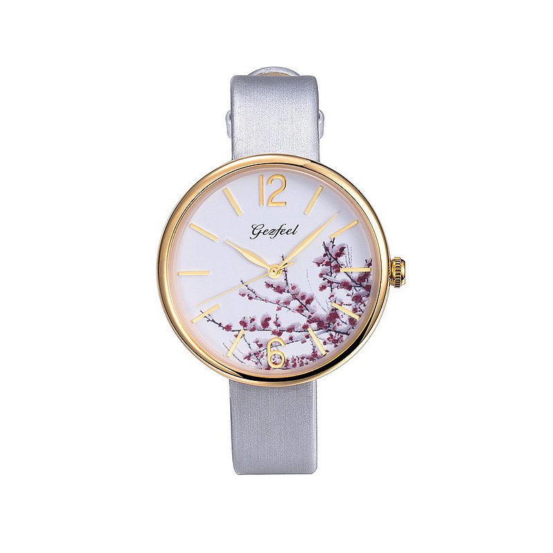 Ladies fashion quartz watch plum