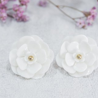 Plum earrings - white porcelain