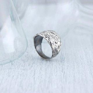 Melting point (retro. Silver ring)