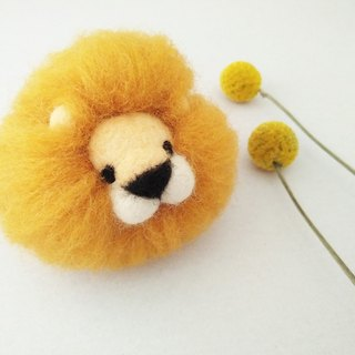 Wool felt lion key ring made in Taiwan limited edition manual