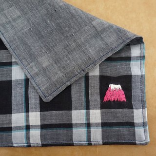"Hand embroidered quadruple gauze handkerchief ""Mt.Fuji 3"""