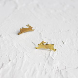 Rabbit hammered brass earrings I Story_Rabbit playtime