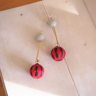 tachibanaya retro diamond japanese TEMARI big long earrings red navy