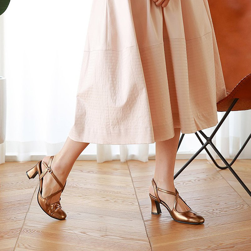 PRE-ORDER韓國人手製 MACMOC Delluna Bronze 高跟鞋