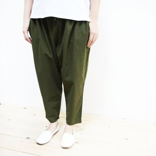 Cotton nine points pants / dark green