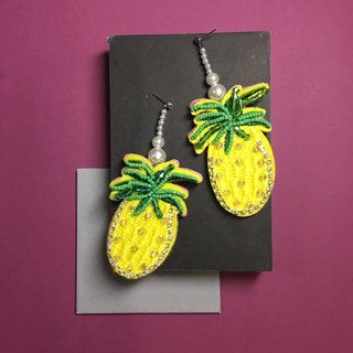 earrings : pineapple yellow