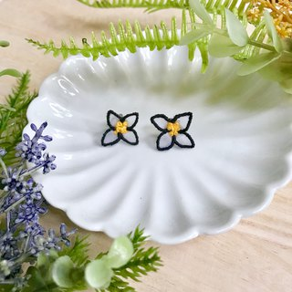 Handmade embroidery // transparent petals embroidered earrings / black frame / / can be changed clip