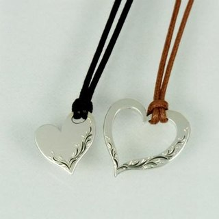 Month of Hana ◆ hand-carved pairs Heart Necklace Set