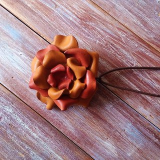 Three - use leather brooch hairpin necklace orange two - tone leather made Kai hand - made leather