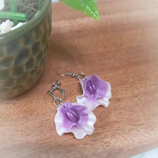 Purple pea flower earrings