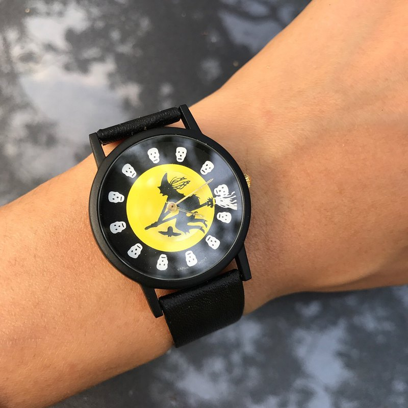 [Lost and find] old childish witch crow watch