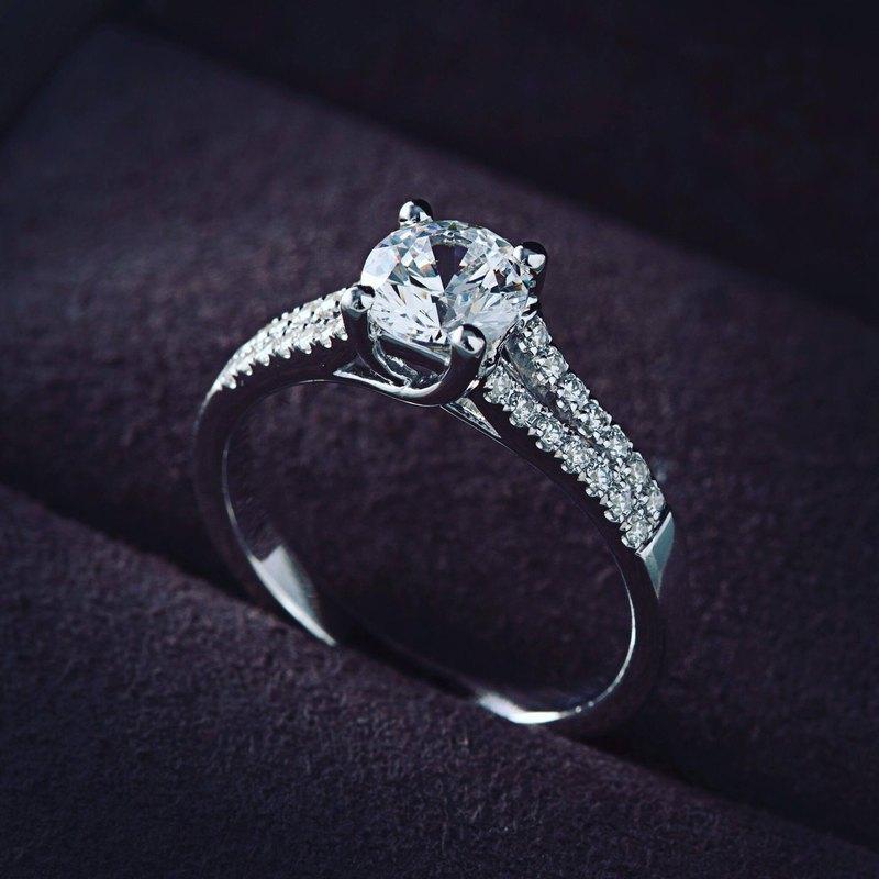 Frankness|18K白金鑽石婚戒BL1027 |玫瑰金/鑽戒/情侶/訂製/客製化