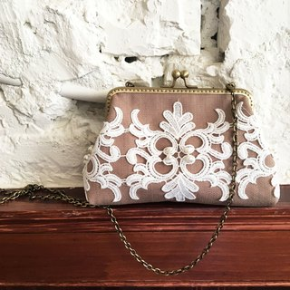 Hand Frame Series-2WAY gold chain bag gorgeous rococo