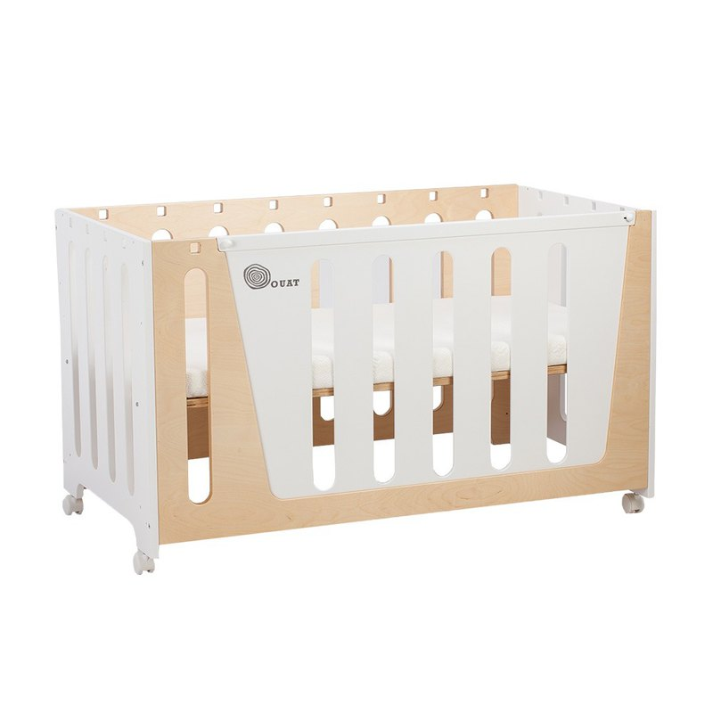 Woodpecker Woodpecker Four-in-One Game Growth Bed │ White