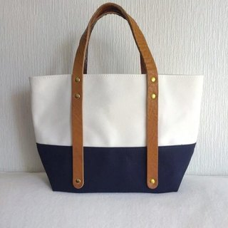 Size 6 canvas and extreme thick oil tote Bag S-size [White × Navy]