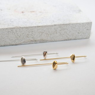 Star meteorite. Corners long earrings METEORITE TW004 EARRING