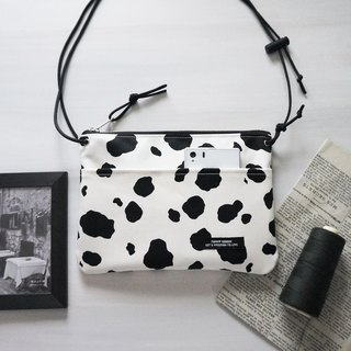 Cute cow shoulder bag