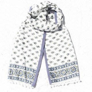 School wear wear a limited amount of hand-woven pure cotton scarf / hand wood engraved plant stained scarf / cotton stained cotton scarf - blue forest national wind fresh pattern hair ball tassel