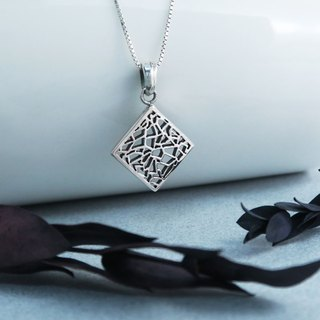 Flower-Ya-Ya Bamboo Window (Small) 925 Sterling Silver Necklace-ART64