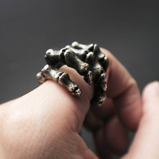 925 Silver Cool Style-Skeleton hand Ring- international size
