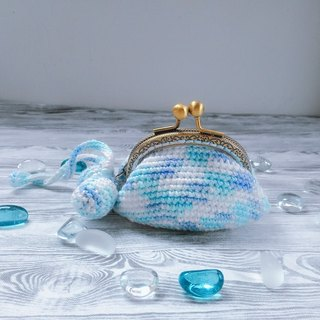 Sky blue cashmere cotton yarn hand-crocheted mouth gold bag purse