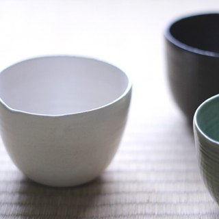 Japanese tea bowl Ö white