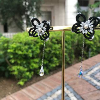 tatted 3d earrings(beige) / gift / multiway / Swarovski/ prevent allergy